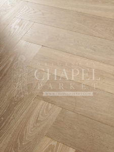 Origineel Chapel Parket In Between 17th Century Smoked White 20x180mm 01